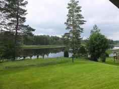 Kaunis järvimaisema ja hoidettu piha-alue