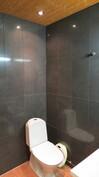 pesuhuoneess toinen wc