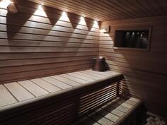 Taloyhtiössä upea sauna