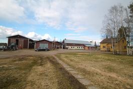 Maatilarakennukset