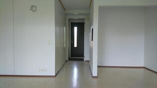 Terassin ovelta sisäänkäynnille
