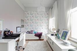 Keskimmäinen makuuhuone