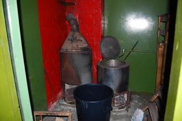 vanha sauna talousrakennuksessa