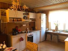 Kuva keittiöstä(2)