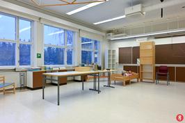 B-rakennuksen luokkahuone