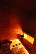 Asunnossa oma sauna.