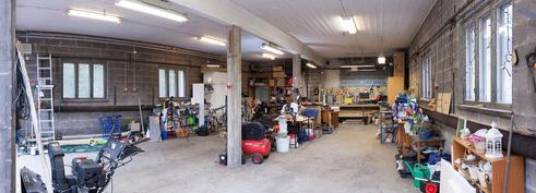 Iso noin 100 m2 lämmin halli/työtila