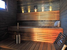 Uusittu sauna...
