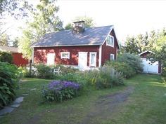 piharakennus (sauna), autovaja oikealla