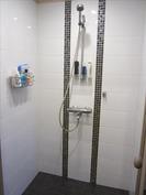 pesuhuone, suihku