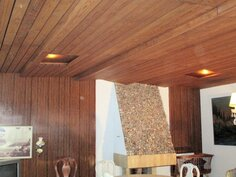 olohuone ja uniikki katto