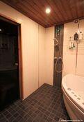 saunaosaston kylpyhuone