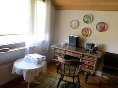 Makuuhuone / yläkerta