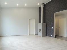 iso olohuone, keittiö korotettu katto