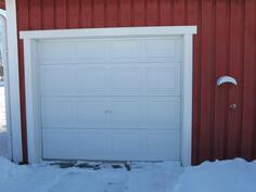autotallin ovi