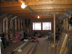 rakentamaton yläkerta nyt varastona