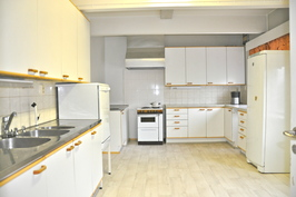 Isoin keittiö