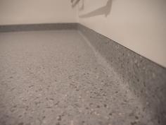 Kylpyhuoneen uusi lattia