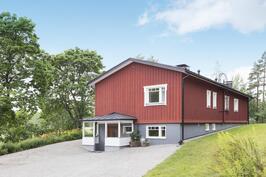 Laadukkaasti kunnostettu koti - Kvalitativt renoverat hem