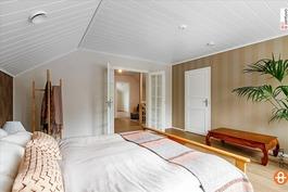 Tilava master bedroom