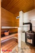 Puulämitteinen sauna