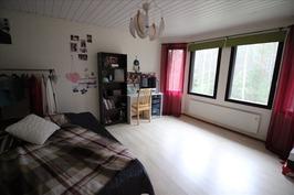 makuuhuone3 yläkerta