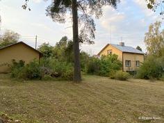 Tila 1280 m²