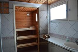 Kylpyhuone, kodinhoitotila