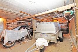 44,5 m2 autotalli