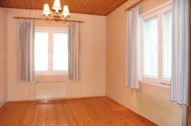makuuhuone 1, ikkunat kahdella seinällä