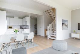 virtuaalistailattu keittiö olohuone