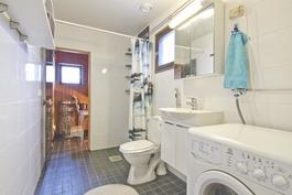 Remontoitu kylpyhuone / Renoverat badrum