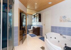 Badrum-Kylpyhuone