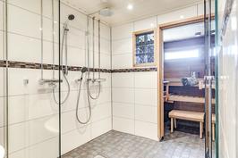 Saunaosasto uusittu hyvällä maulla 2011