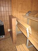 Sauna, jossa kissakin lämmittelee!