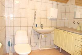 wc, yläkerta