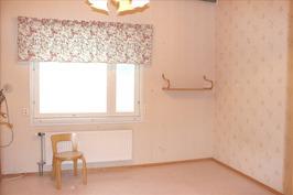 makuuhuone 5, alakerta