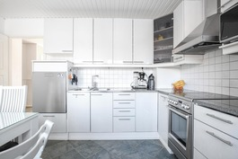 Siistikuntoinen keittiö