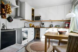 Kompakti ja toimiva keittiö