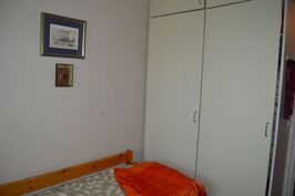 Makuuhuone II kaapistot