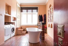 kylpyhuone talo 2