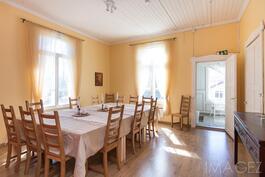 ruokasali talo 1