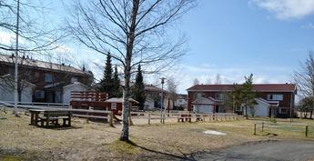 Taloyhtiön leikkipuisto