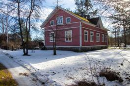 Talo on rakennettu 1927