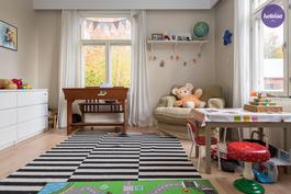 Lastenhuone alakerrassa