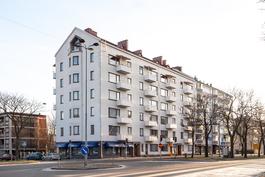 Kauppapuistikko 35, hyväkuntoinen 50-luvun talo/ Handelsesplanaden 35, 50-tals hus i bra skick