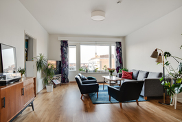 Myytävä asunto on iso kolmio 85 m2/ Trean till salu är en stor 85 m2 trerummare