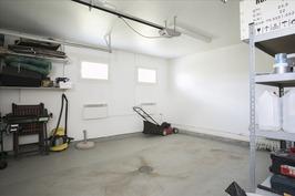 Autotalli - Garaget