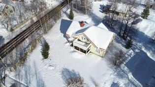 Tämänkin talon myy Heidi puh. 040 7142592