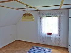 Huone 2 yläkerta